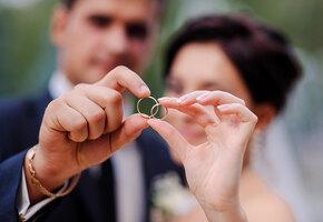 Фаянсовая свадьба, 9 лет супружества: как отмечать, что подарить
