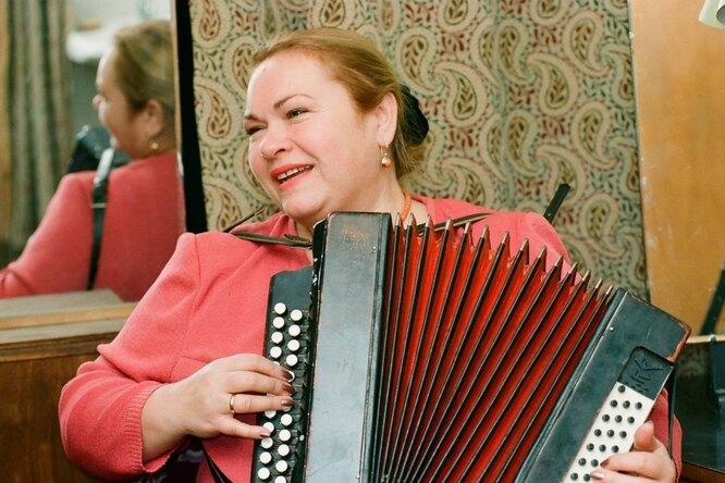 «Живите долго»: Юрий Гальцев выложил фото Нины Усатовой со Светланой Крючковой