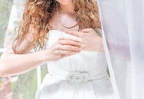 Неугодная невеста: будущая свекровь пригласила стриптизёршу и расстроила свадьбу