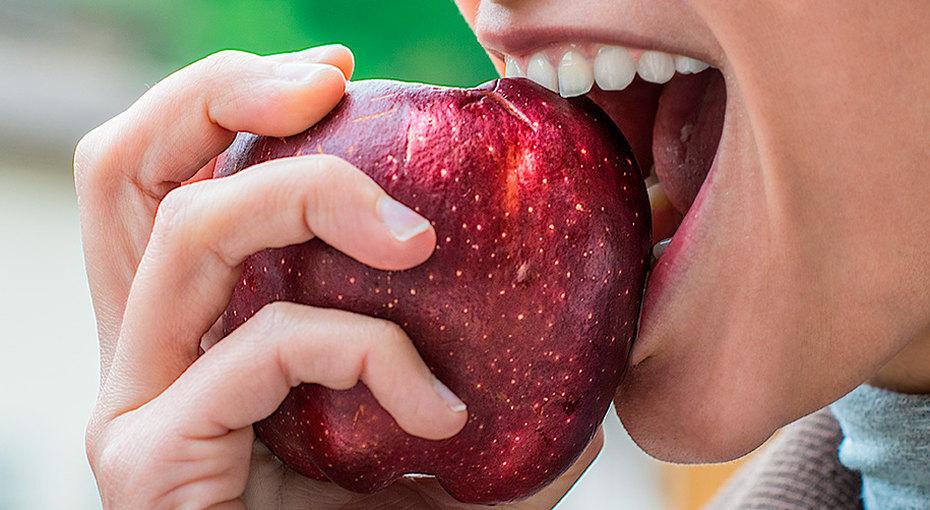 10 самых полезных продуктов, которые должны быть ввашем холодильнике