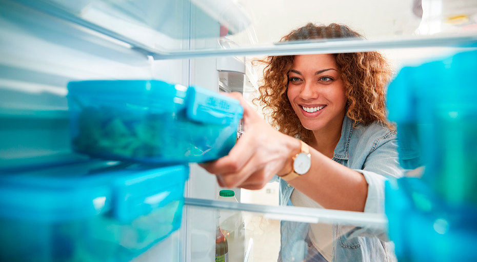 20 продуктов, которые выгоднее хранить вморозилке