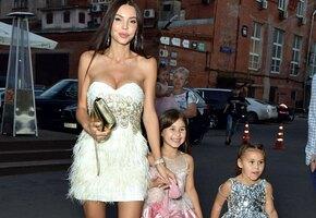 Богиня! Оксана Самойлова показала фигуру через 8 месяцев после родов