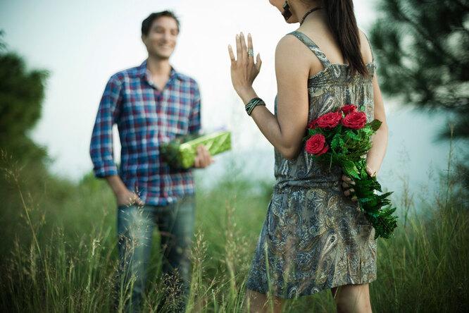 Цветы длямужчины: дарить или нет