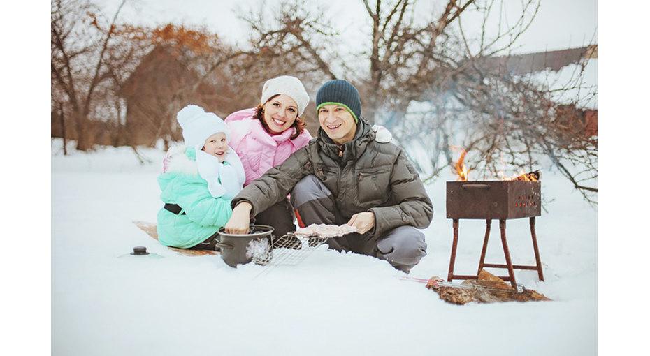 Пикник наснегу: вкусно, красиво, романтично!