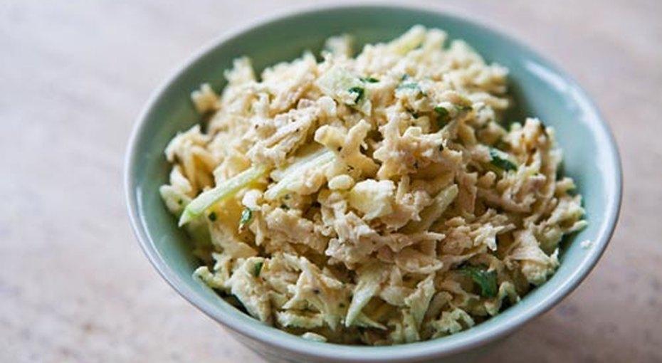 Салат из рыбных консервов и риса рецепт #5