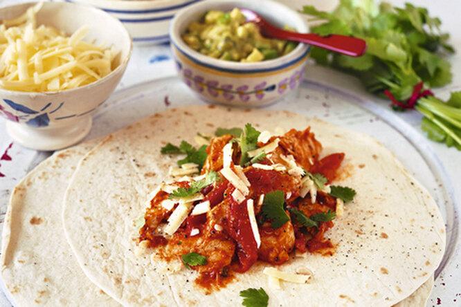 Лепешки с курицей по-мексикански