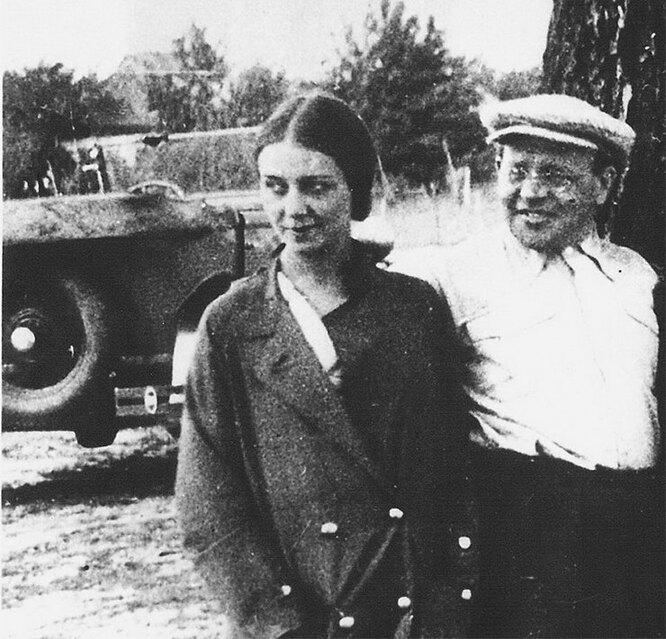 Антонина Пирожкова, Исаак Бабель