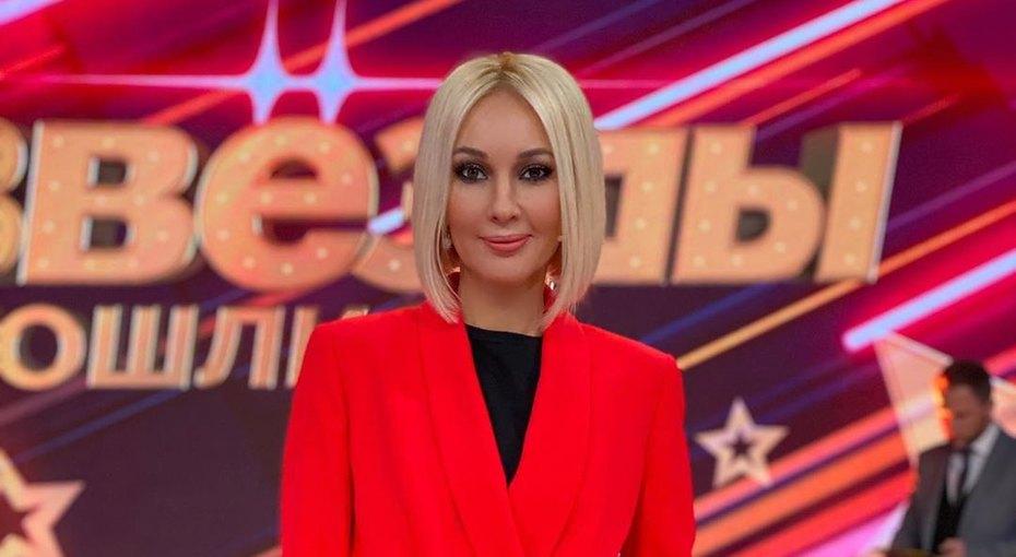 Лера Кудрявцева первый раз после удаления имплантов показалась вкупальнике