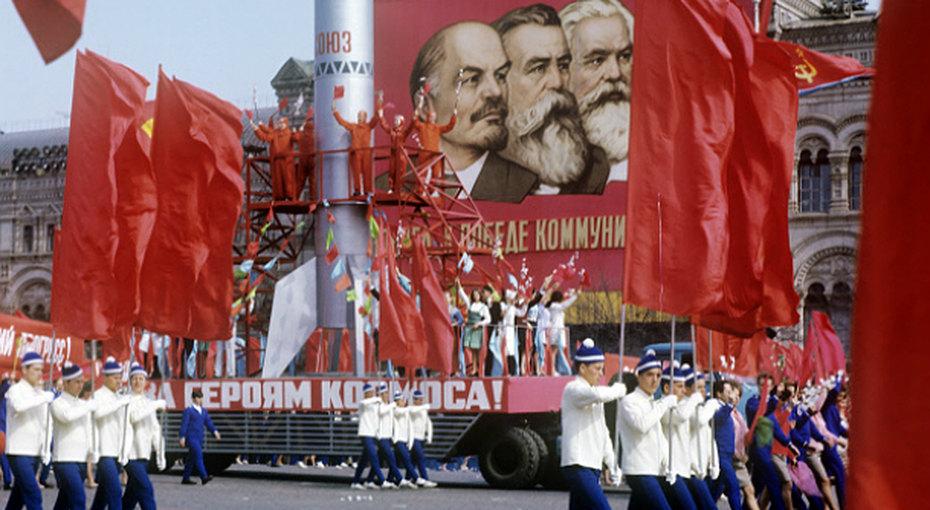 Как отпраздновать первомай по‑советски. 6 пунктов программы, покоторым мы скучаем