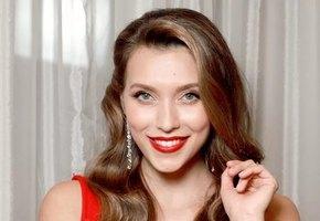 Журнал Glamour лишил Регину Тодоренко звания Женщины года за слова о насилии