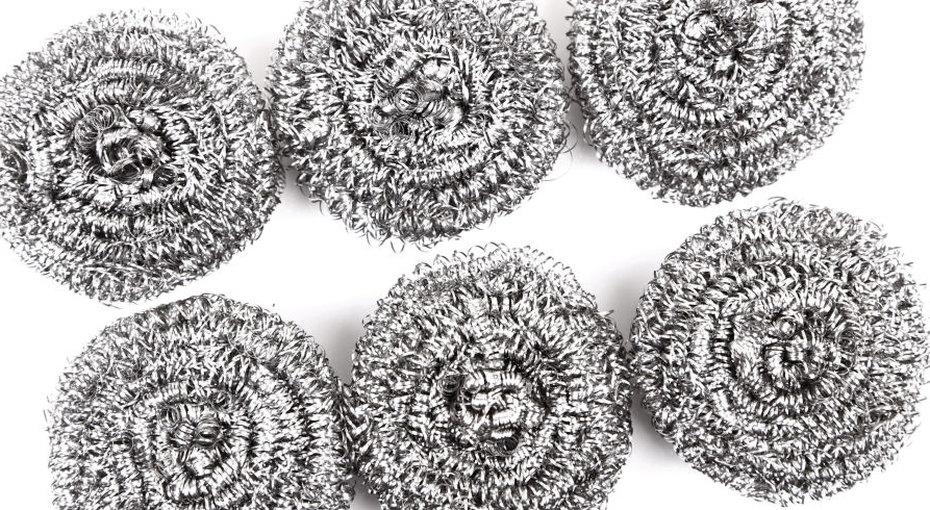 Она нежелезная! 10 неожиданных способов применения металлической мочалки