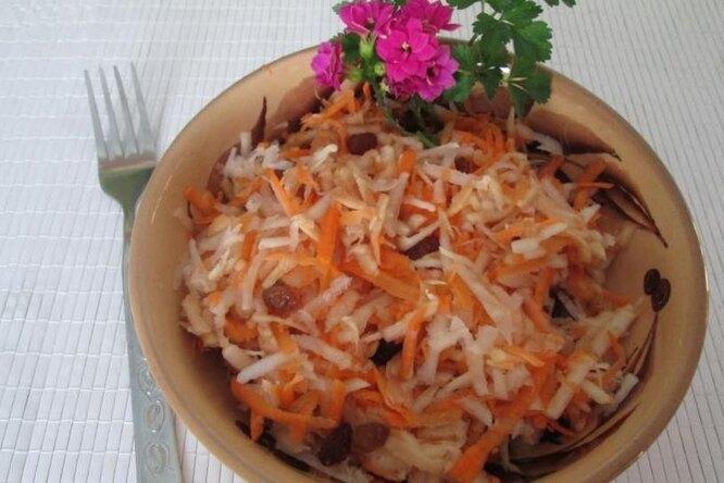 Салат из капустной кочерыжки