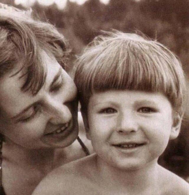 Алексей Ягудин с мамой