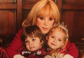 «Какие сладкие!» Максим Галкин показал Лизу и Гарри в годовалом возрасте (видео)