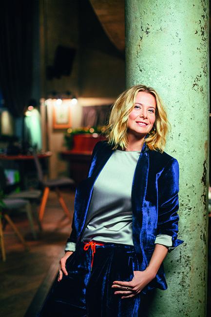 Юлия Высоцкая (41 год), актриса, телеведущая