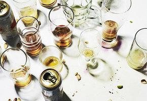 Лучше не совмещать! Как алкоголь может испортить отношения