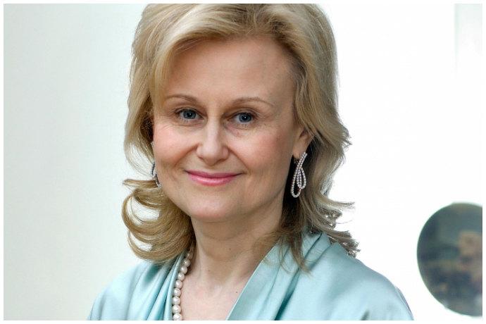 Дарья Донцова биография личная жизнь семья муж дети фото