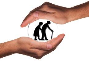 Многодетные матери и другие: кто досрочно выйдет на пенсию в 2021