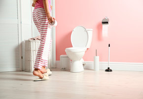 Гиперактивный мочевой пузырь: 7 симптомов болезни, которой не надо стыдиться