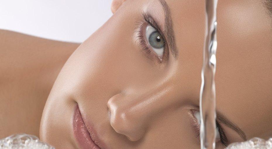 7 повседневных привычек, откоторых стоит отказаться, если вы хотите сохранить кожу здоровой икрасивой