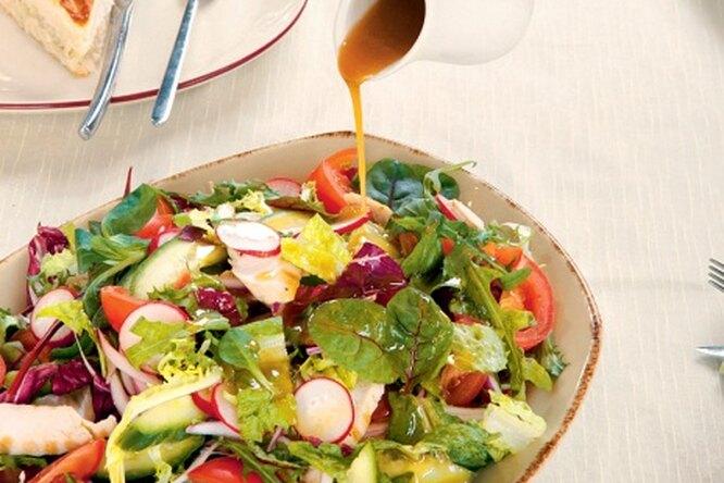 Салат с восточной заправкой
