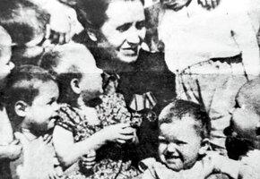 История Александры Деревской, ставшей мамой 48 детей-сирот
