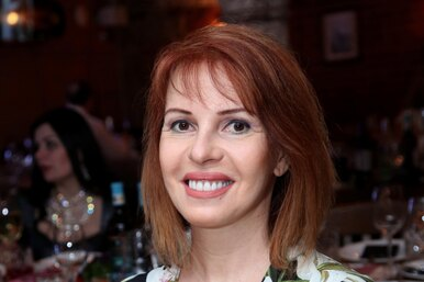 «Роскошная женщина»: фото 54-летней Натальи Штурм вбикини