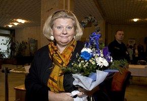 «Самая обаятельная и привлекательная»: поклонников восхитил новый образ 71-летней Ирины Муравьевой
