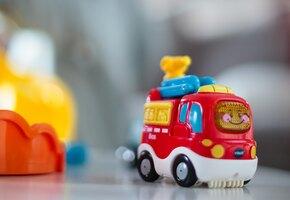 Двое суток одни: в Приморье родители оставили без присмотра детей 5 и 8 лет