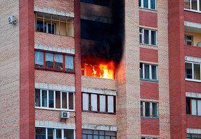 Жених выложил свечами надпись «Выйдешь за меня?» и спалил квартиру