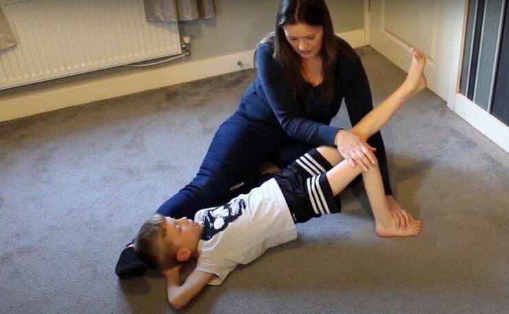 Мальчик, ДЦП, тренировка, мама
