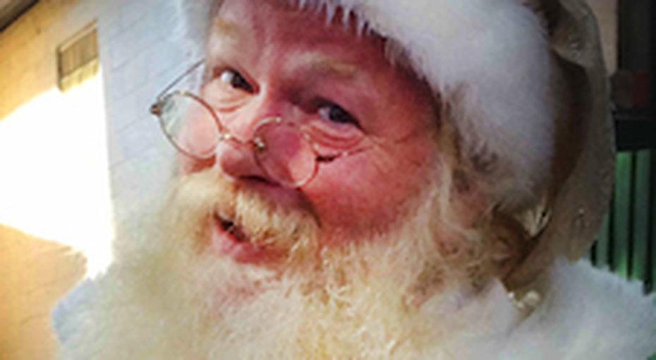 Наш Дед Мороз пригласил Санта-Клаусов вМоскву