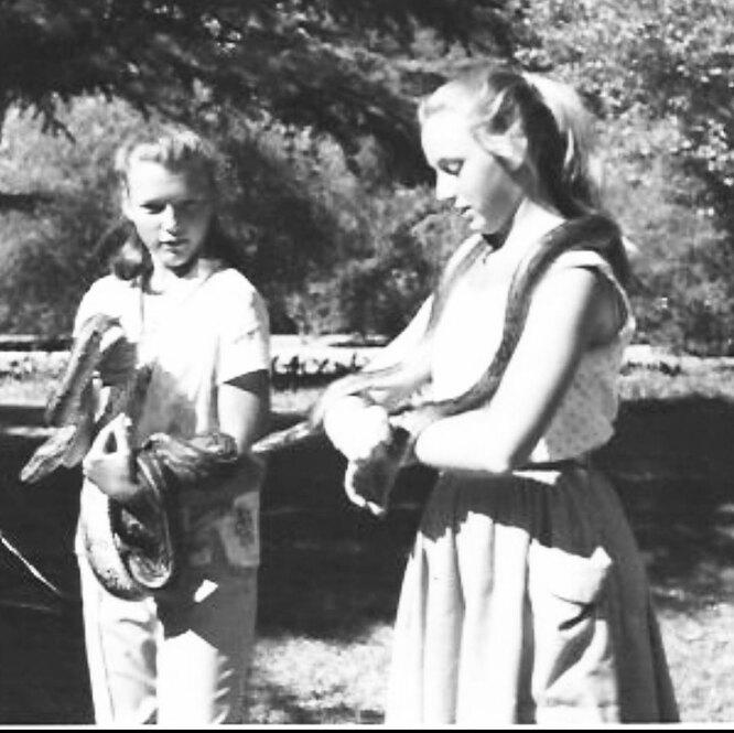 Мэй Маск и ее сестра-близнец Кей
