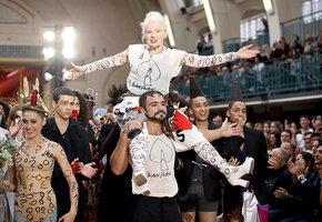 Три личных эпохи Вивьен Вествуд, создавшей панк-стиль и изменившей высокую моду