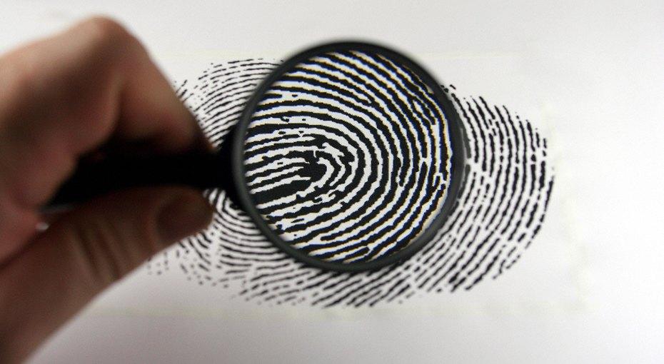 В Красноярском крае завуч снимала увтороклассников отпечатки пальцев