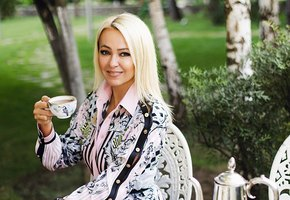 Яна Рудковская опубликовала трогательное фото сына Николая в день его 17-летия