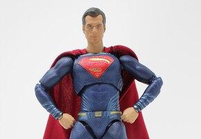 Никаких Барби: мама переделала кукольный домик в убежище супергероев