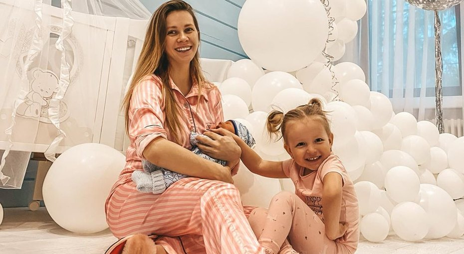 «Как игрушечный!» Лиза Миллер показала трогательное фото двухмесячного сына