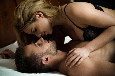 Камасутра: 5 секс-позиций дляактивных дам. Он будет ввосторге!