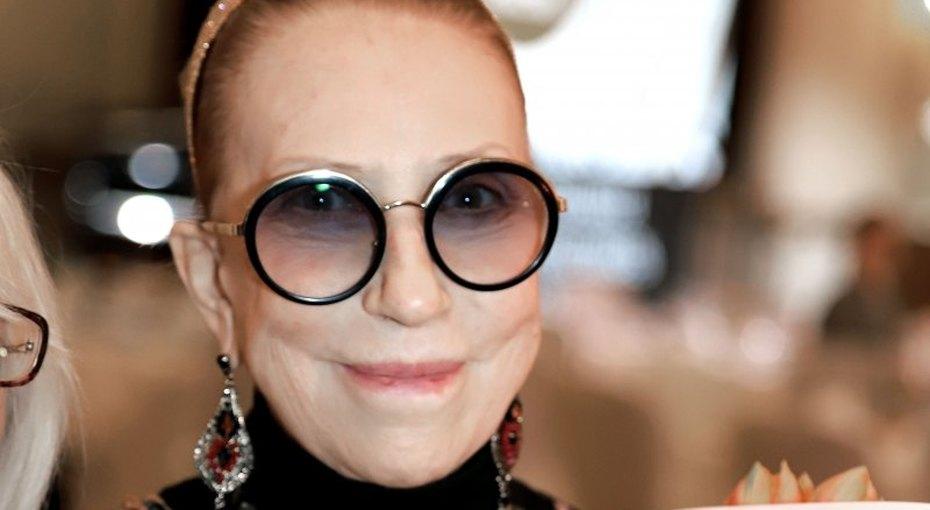 «Врачи ее неотпускают»: муж Инны Чуриковой опроверг выписку актрисы