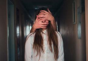 Абьюзивные отношения: не бьет, значит, не обижает?