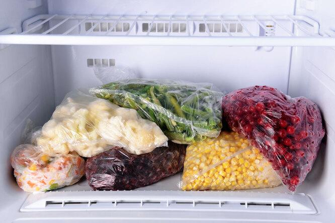 Хитрость, помогающая увеличить емкость морозилки вдвое. Ибез покупки большого холодильника