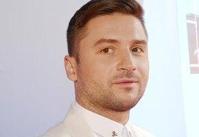 «Растет малыш, хорошеет»: Сергей Лазарев показал сына на отдыхе