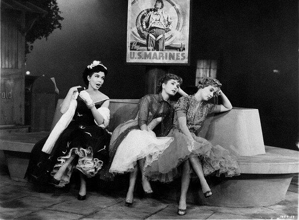 Деби Рейнольдс, Джейн Пауэлл, Энн Миллер 1955 г. / Getty Images