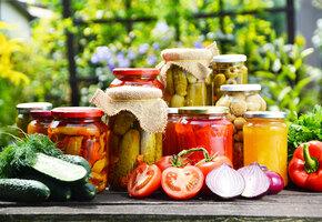 Как вкусно законсервировать разные овощи: 25 простых и надежных рецептов