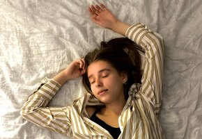 Что бы такого съесть, чтобы… заснуть? Нутрициологи советуют эти 13 продуктов