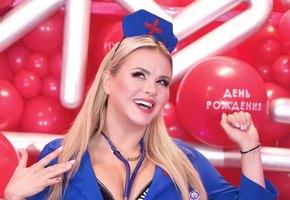 «5 кг за 10 дней»: Анна Семенович рассказала, как собирается сбросить лишний вес, который набрала в отпуске