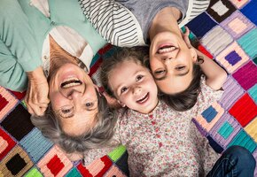Старение ускоряется в трех возрастных точках, утверждают ученые