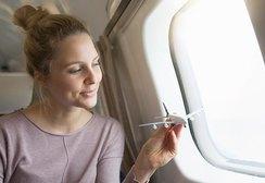Сухофрукты, салями, фасоль и еще семь продуктов, которые нельзя есть до и во время авиаперелета