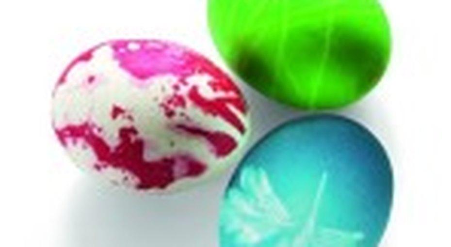 Как просто икрасиво покрасить яйца кПасхе